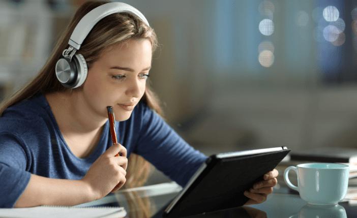 Clapotee: une plateforme de podcasts éducatifs pour apprendre